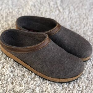 Haflinger GZL Grizzly Clog Wool Leather Unisex EUC